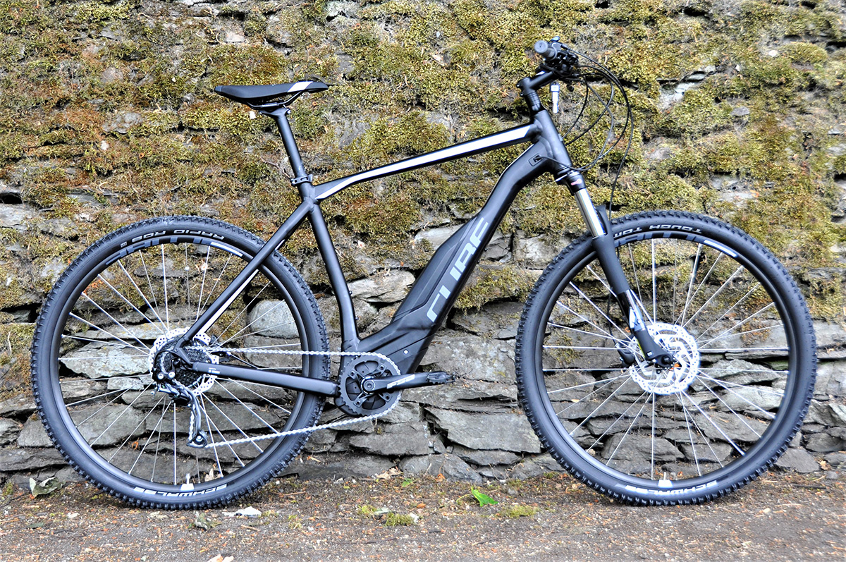 look out for special sales wholesale Cube Acid Hybrid One | Wheelbase